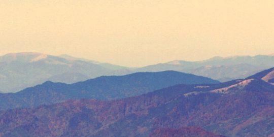 Gory Rodnianskie (Alpy Rodnianskie), 19.10.2012 r. Widok z gory Pietrosul (2303 m n.p.m.). Fot. Lukasz Zarzycki / www.lukaszzarzycki.pl